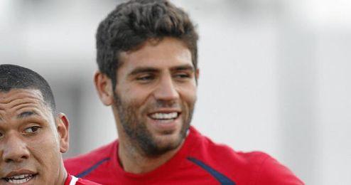 Federico Fazio es uno de los jugadores con más cartel para salir este verano del Sevilla.