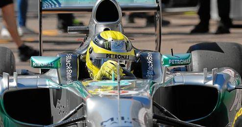 Nico Rosberg (en la imagen) ha sido el más rápido en los entrenamientos del GP de Mónaco.