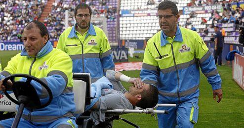Javi Varas tuvo que abandonar el partido antes de tiempo.