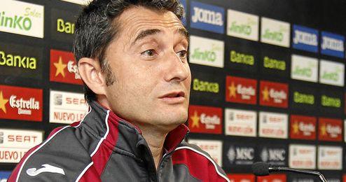 Ernesto Valverde durante una rueda de prensa.