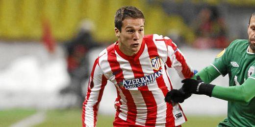 El joven lateral ha disputado la Europa League la pasada campaña.