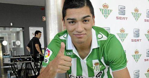 Lorenzo Reyes ha hablado de sus inicios, su personalidad y sus metas en la web oficial del club.