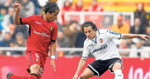 Gio querría reunirse con su compatriota Guardado en el Valencia, pero el Mallorca no cede.