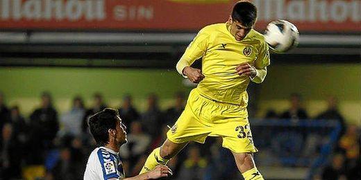 Moreno en un encuentro con el Villarreal la pasada campaña.