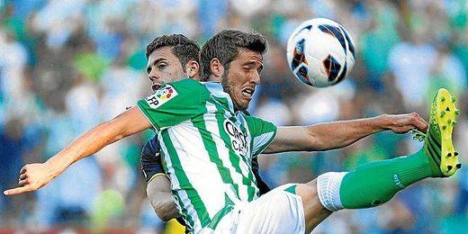Las posibilidades de que Rubén Pérez regrese a Heliópolis crecen tras ver que no tiene sitio en el Atlético.