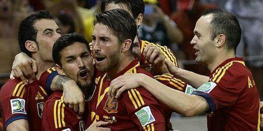 Jugadores de la Selección Española celebrando un gol.