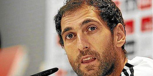 Diego López en rueda de prensa