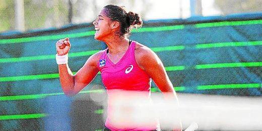 Teliana Pereira, celebrando un punto en el torneo disputado en Pineda.