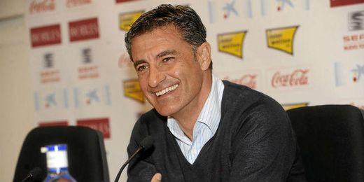 Míchel, durante una rueda de prensa como entrenador del Sevilla.