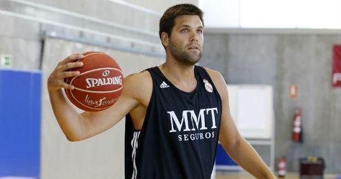 Felipe Reyes durante un entrenamiento.