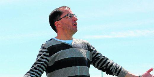 José Juan Romero, entrenador del Gerena, será premiado por su trayectoria.