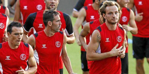 Trochowski y Rakitic no estarán en Valladolid.