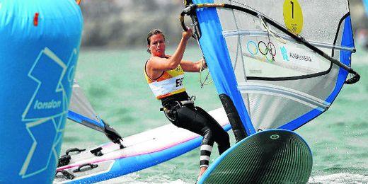 En la imagen, la windsurfista sevillana Marina Alabau, compitiendo en los Juegos Olímpicos de Londres 2012.