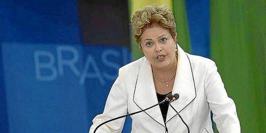 La presidenta de Brasil, Rousseff, durante un acto.