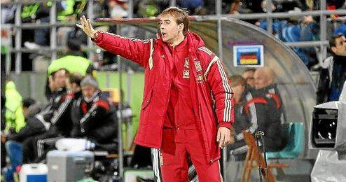 Julen Lopetegui en el partido amistoso entre España sub-21 y Alemania sub-21.