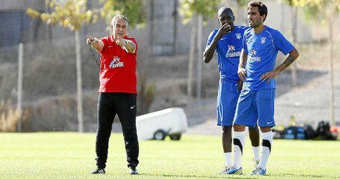 Quique Hernández en el entrenamiento del Hércules.