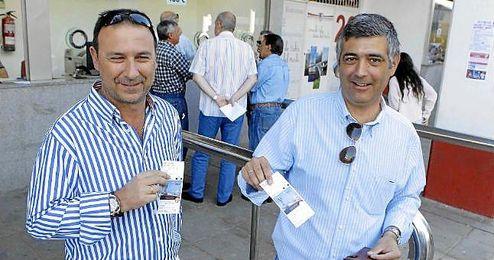 Desde ayer, los socios del Sevilla están retirando sus entradas para Turín.