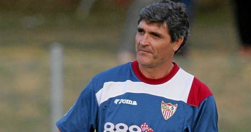 Juande levantó dos Copas de la UEFA con el Sevilla.
