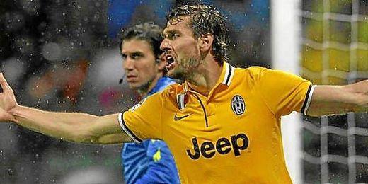 Llorente en un partido de la Serie A con la Juventus