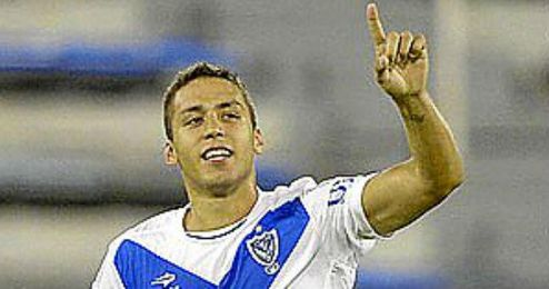 Tobio, de 24 años, debutó en 2008 con Vélez.