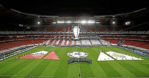El estadio Da Luz ya está listo para acoger la gran final de esta noche entre Real Madrid y Atlético.