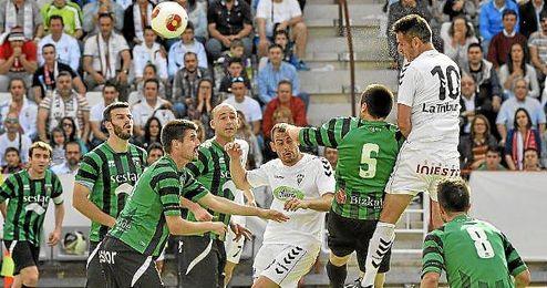 Partido del playoff de ascenso a Segunda entre el Albacete y el Sestao.
