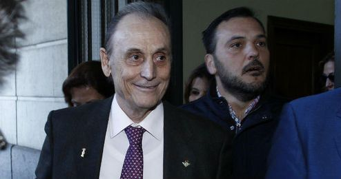 Manuel Ruiz de Lopera, a la salida de los juzgados.
