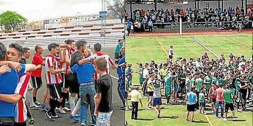 Aficionados y jugadores del Morón y Pedrera celebran juntos el ascenso a Primera Andaluza.