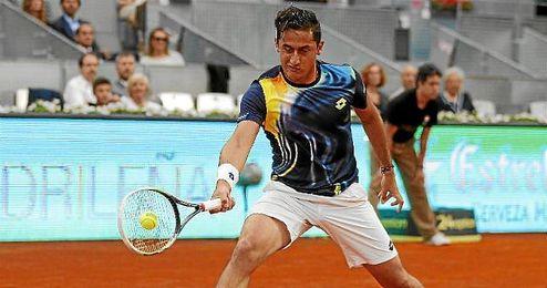 Nicolás Almagro en el partido de la Mutua Madrid Open frente a Andy Murray.