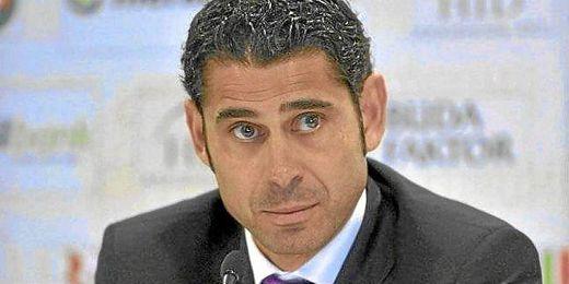 Fernando Hierro durante una rueda de prensa.