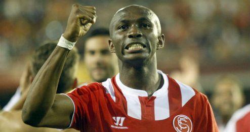 M´Bia fue pieza clave en el título europeo conseguido por el Sevilla.