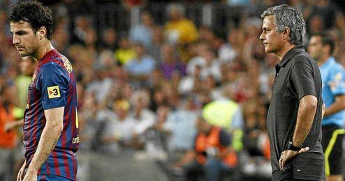 Cesc Fábregas podría jugar a la órdenes de Mourinho la próxima temporada.