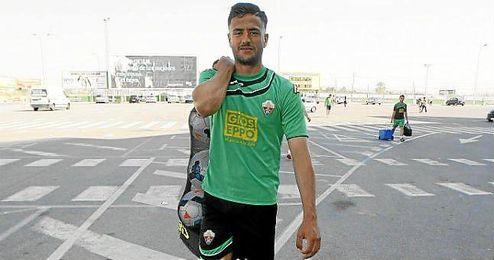 Cristian Herrera, durante un entrenamiento con el Elche.