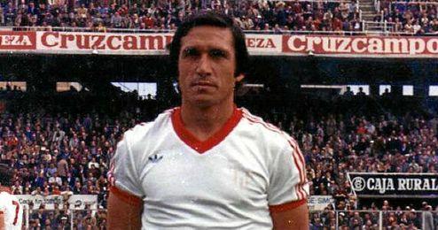 Juan Hita, en un partido con la camiseta del Sevilla.