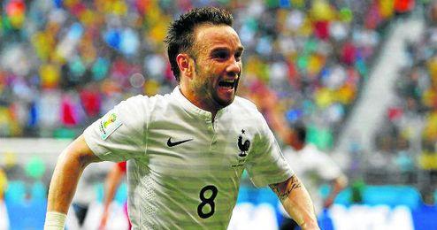 Mathieu Valbuena, de 29 años, está brillando en el Mundial con la selección francesa, con gol incluido.