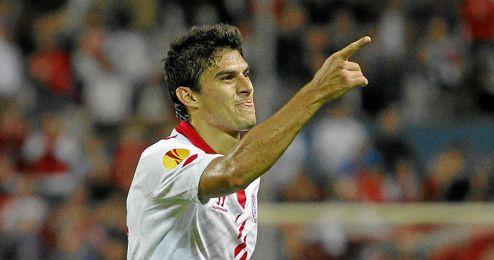 Perotti pondrá fin a siete temporadas en el Sevilla.