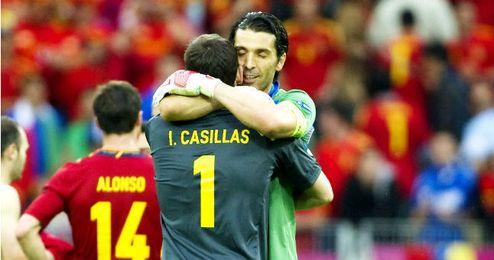 Buffon valora a Casillas.