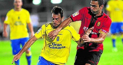Guzmán suele entrar en las segundas partes para refrescar el ataque de la Unión Deportiva Las Palmas.