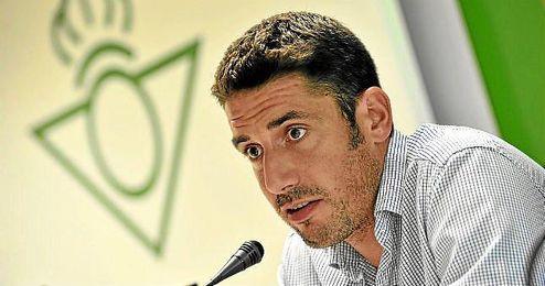 Julio Velázquez, durante una rueda de prensa.