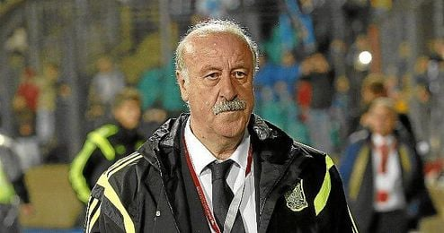 Vicente Del Bosque en el Estadio Josy Barthel.