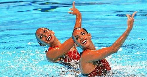Marga Crespí, a la izquierda, y Ona Carbonell en el Mundial de Barcelona 2013.