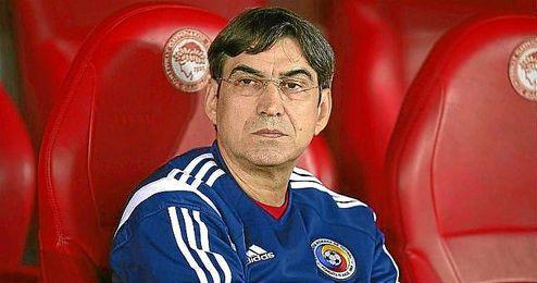Victor Piturca, ya ex seleccionador de Rumanía.