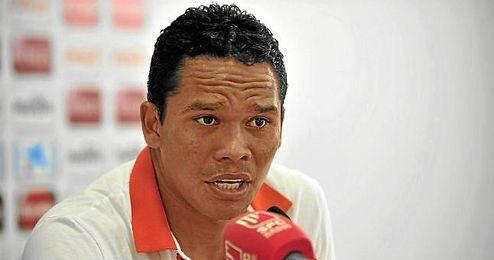 Carlos Bacca durante una rueda de prensa.