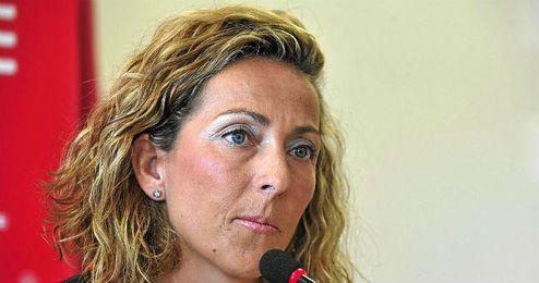 Gala León durante una rueda de prensa.