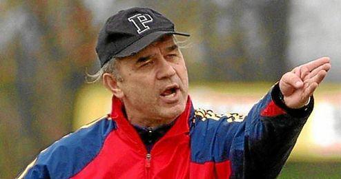 Anghel Iordanescu entrenó por última vez a la selección rumana entre 2002 y 2004.