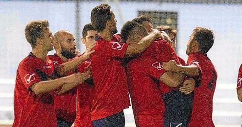 Los jugadores del Soleá celebran un gol ante el Puebla.