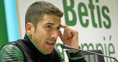 Julio Velázquez entrenador verdiblanco