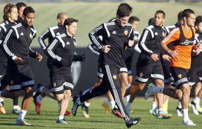 Jugadores del Valencia durante una sesión de entrenamiento