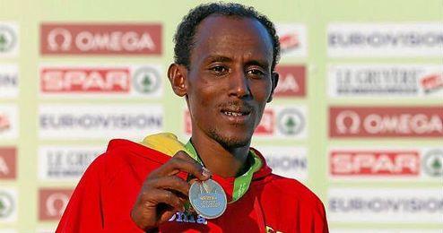 Bezabeh, con su oro del año pasado