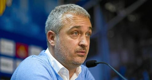Álex García durante una rueda de prensa.